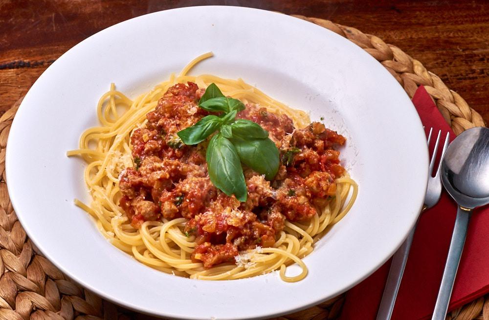 Spaghetti-met-rustieke-vleessaus-1